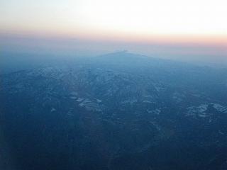 葉山連峰上空