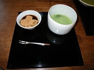 おいしいお菓子と日本茶