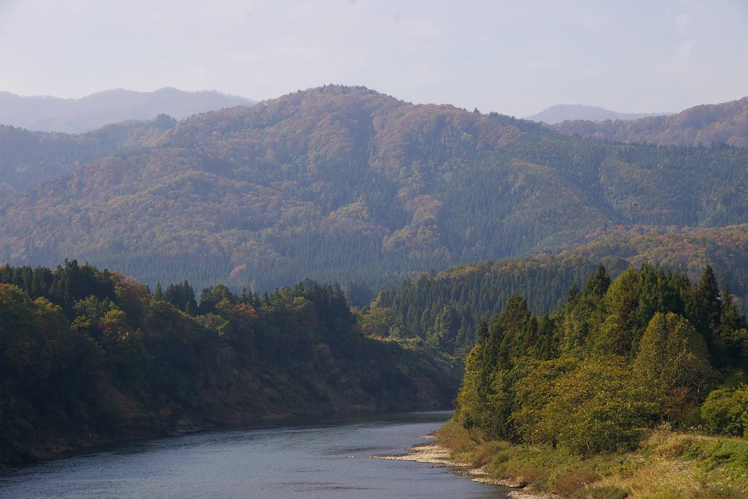 I村山市 三ヶ瀬の流れ 最上川