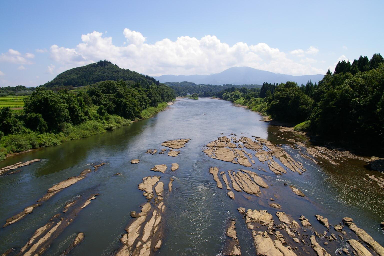 夏の最上川