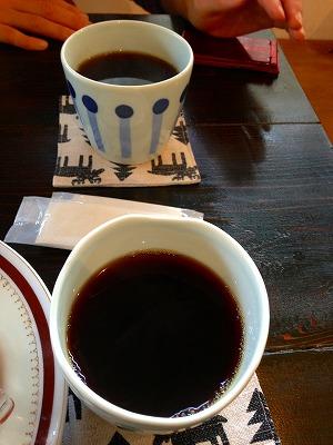 コーヒーのモアナラックとタンデバール