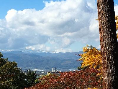 月山、今年も早くも冠雪となりました!