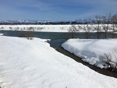 大石田 最上川への支流の眺め