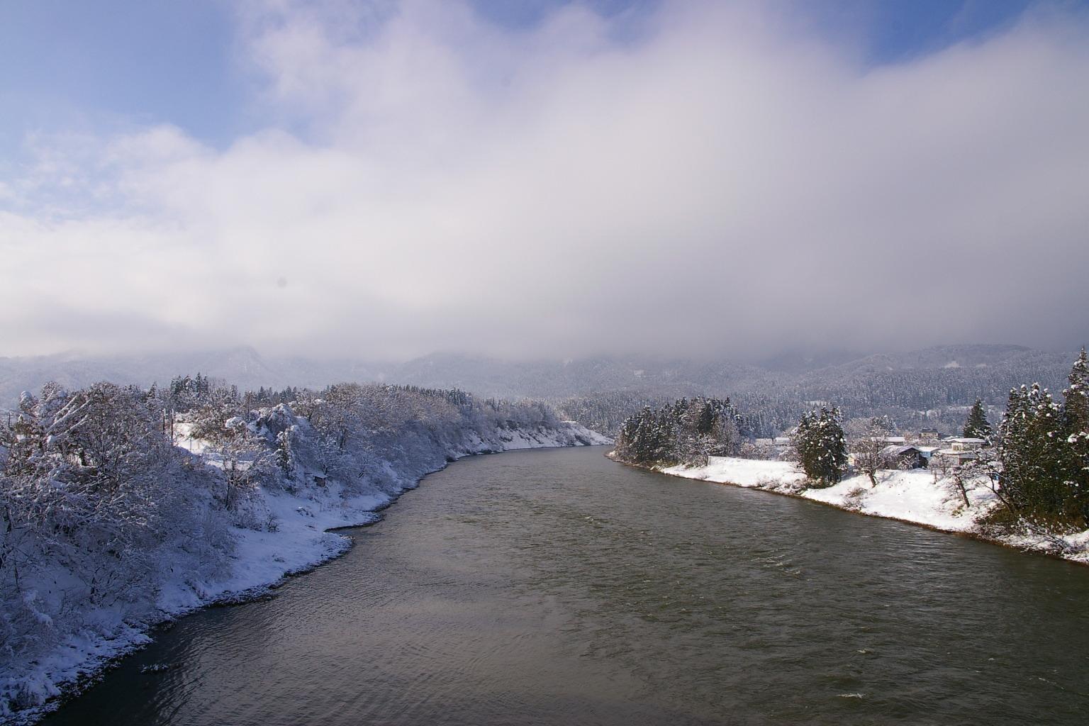 最上川三大急流「三ヶ瀬の流れ」