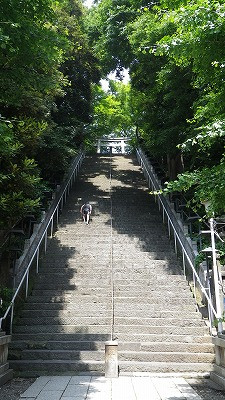 愛宕神社への「出世の階段」