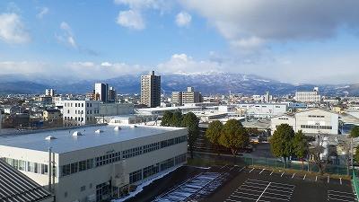 山形新幹線つばさの車窓からパチリ
