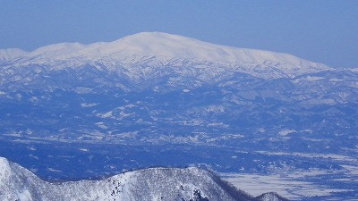 山形市蔵王スキー場 月山までいい眺め