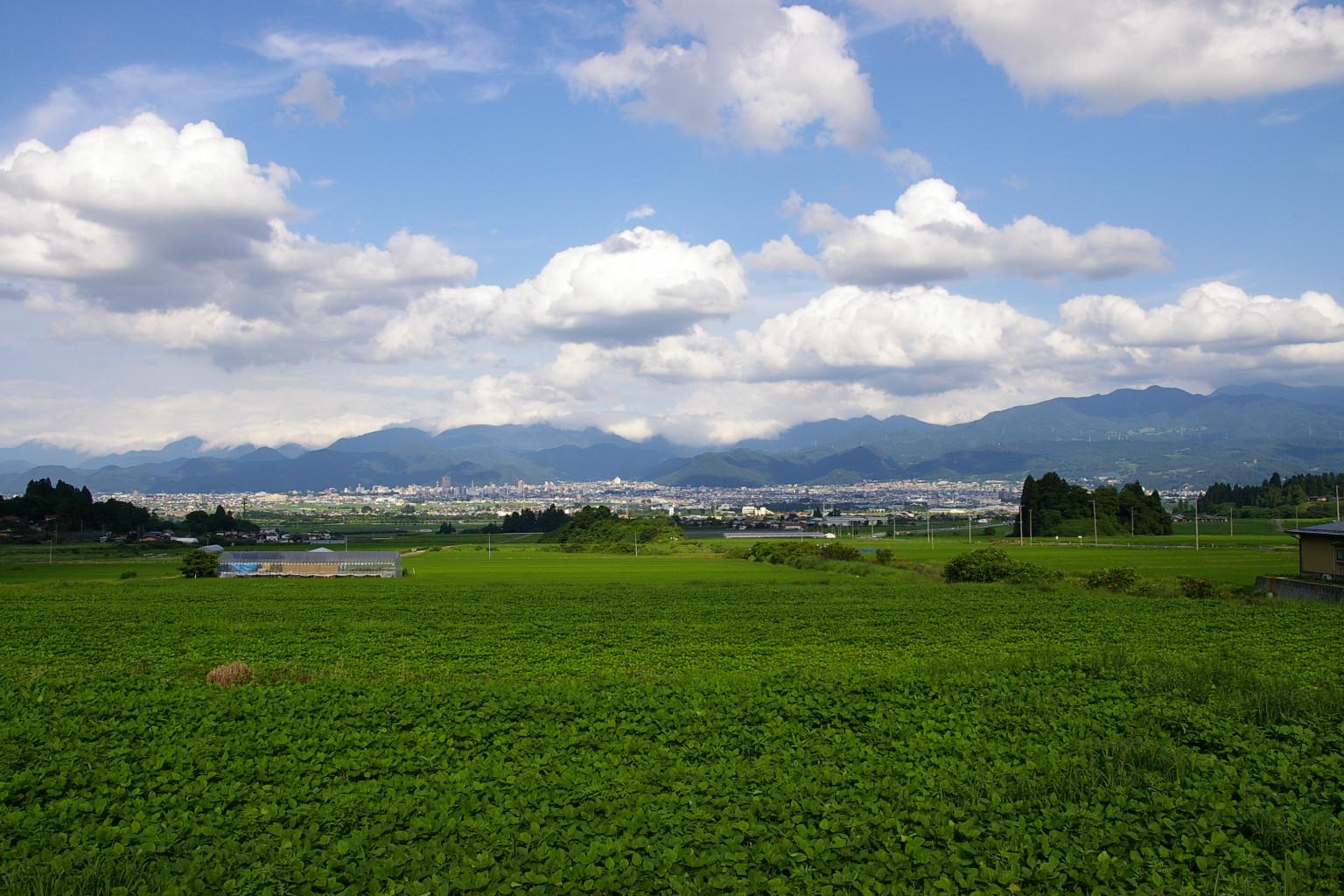 山形市菅沢から眺めた風景