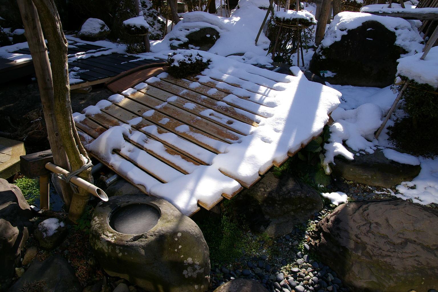 我が家の庭 雪景色
