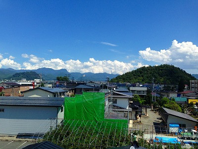 夏の若木山
