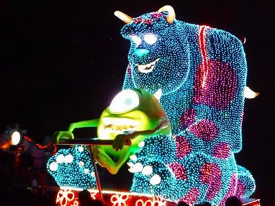 東京ディズニーランドのエレクトリカルパレード