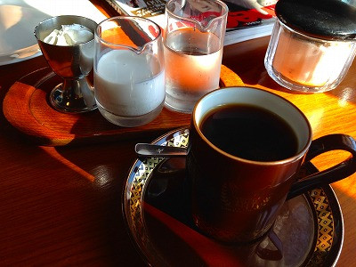 中国行ってからパタパタしていましたので、久し振りに珈琲を飲みに来ました。