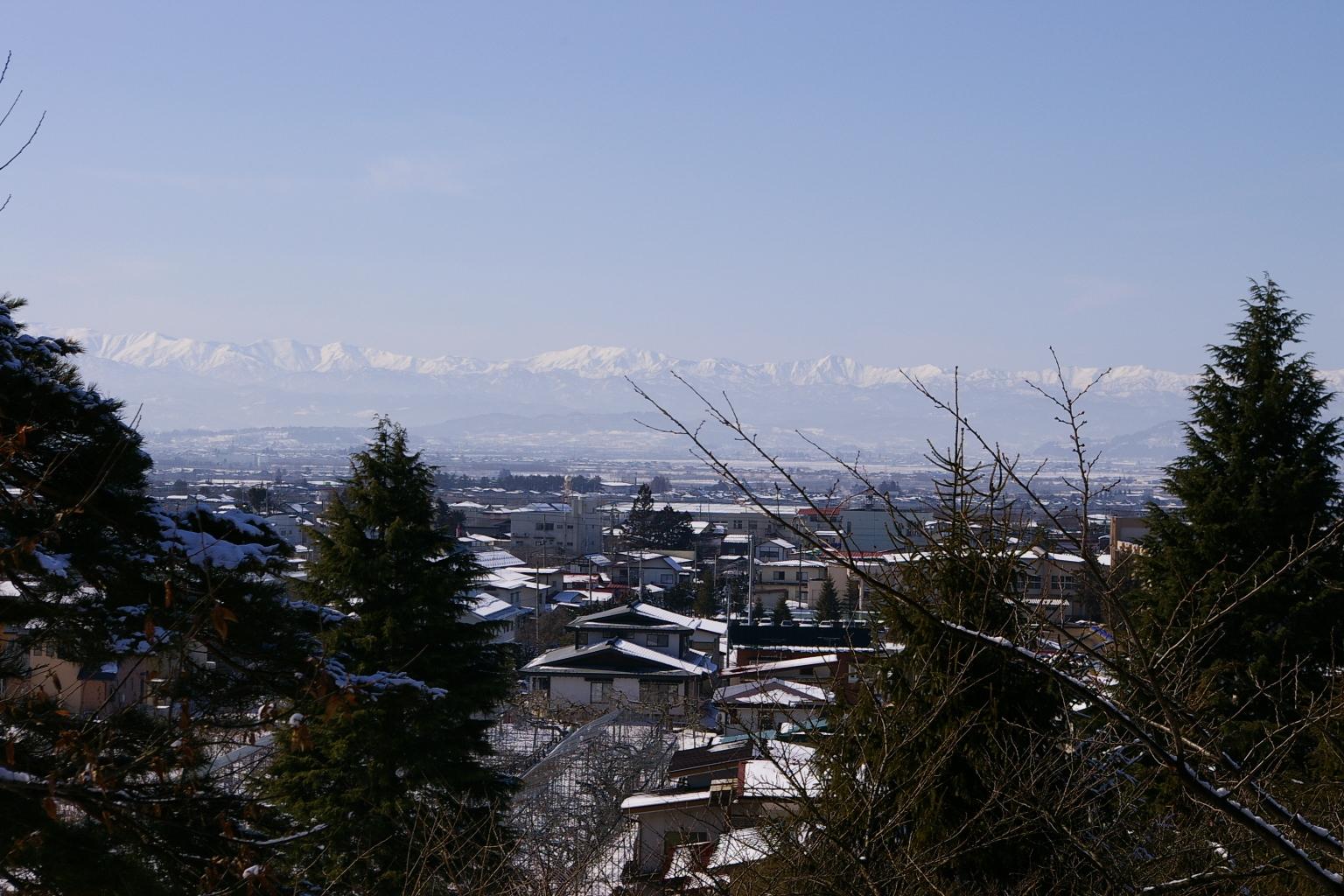 I月山と葉山連邦の眺めです
