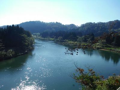 川前観音からの最上川の眺めです。