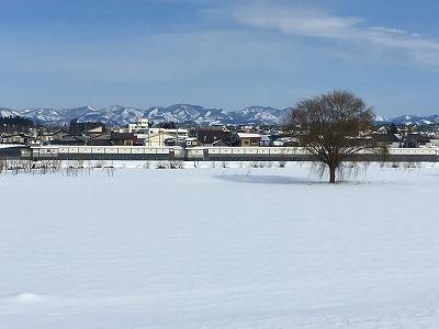大石田最上川湖畔